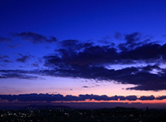 横浜市港南区交通事故むち打ち治療.comは平日夜21時まで土日18時まで開院の写真