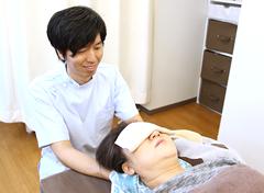 横浜市港南区交通事故むち打ち治療.comの個別治療写真
